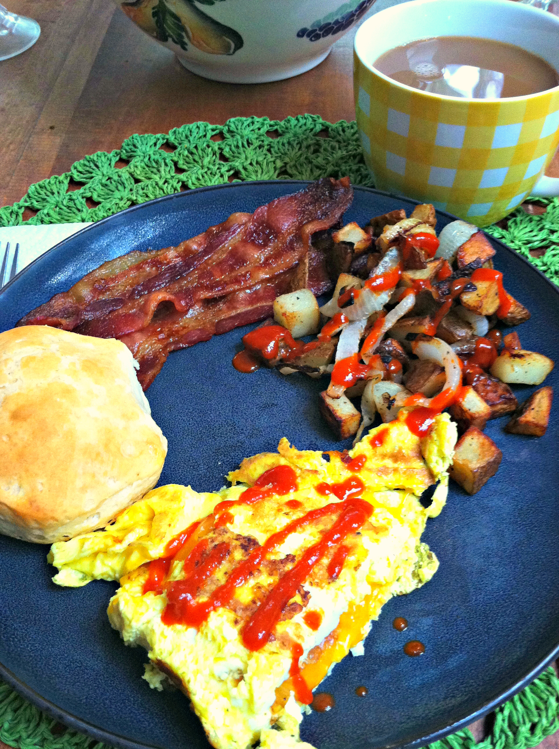Brunch eggs hash browns bacon