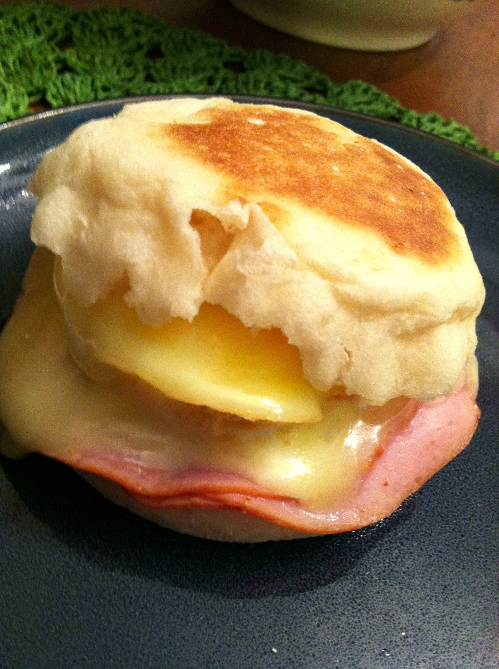 Breakfast Sandwich white cheddar