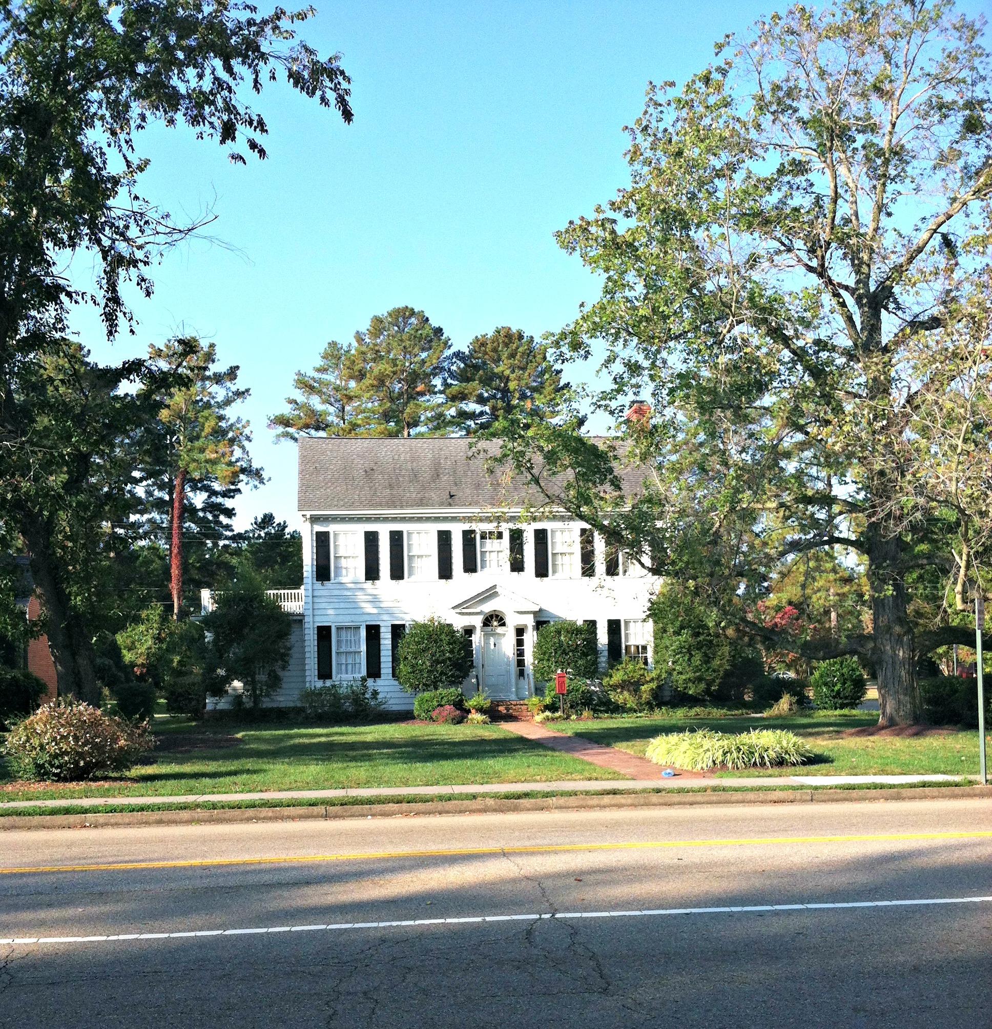 CW House1