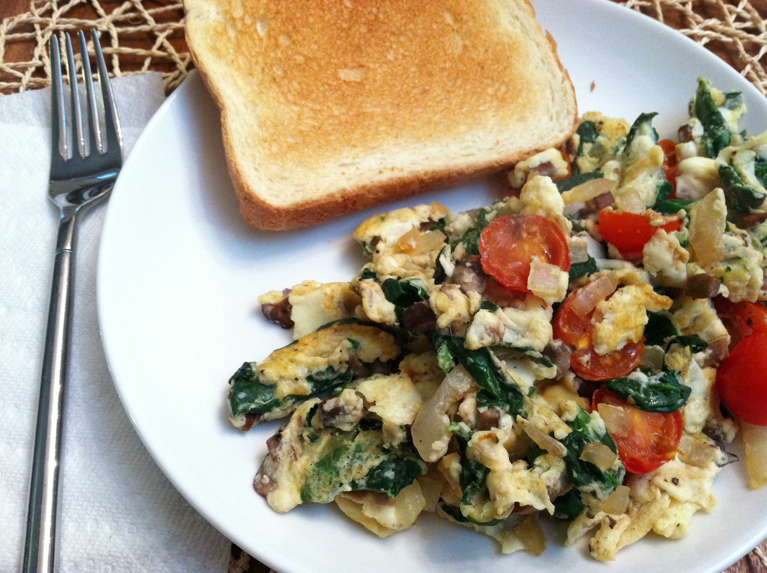 Veggie egg white scramble 1