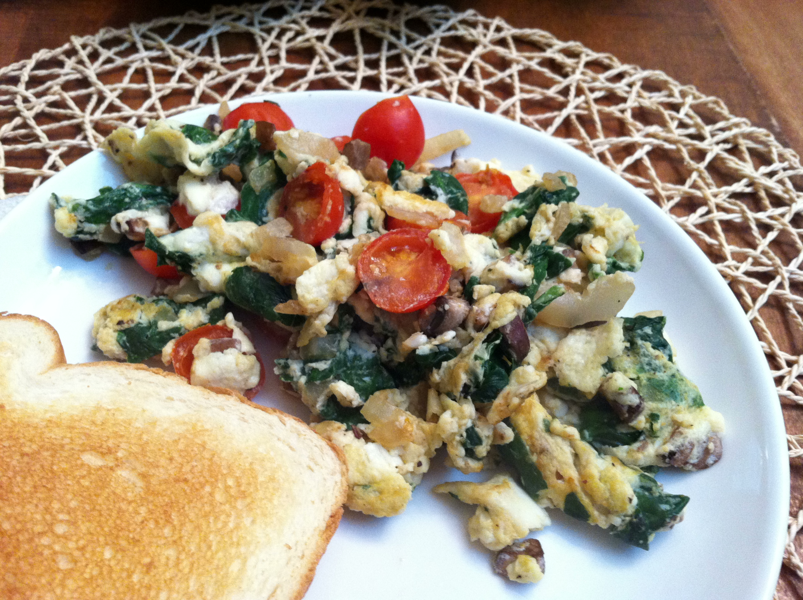 Veggie egg white scramble 2