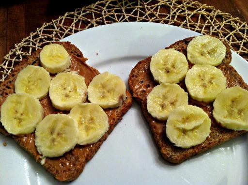 toast with PB and banana